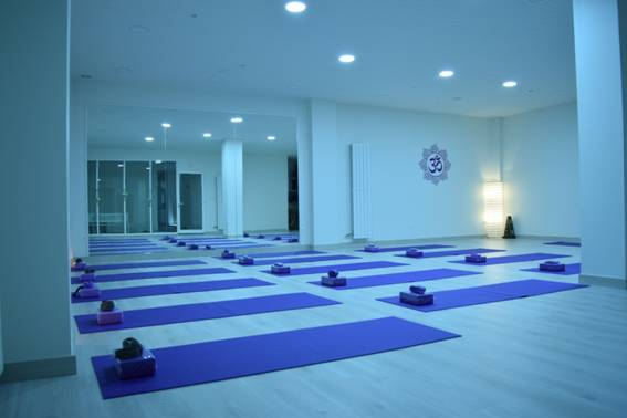 namaste yoga bienestar burgos centro